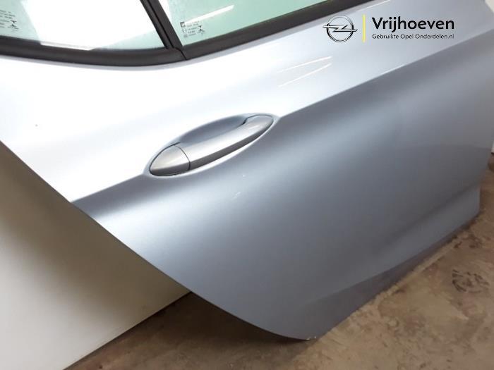 Tür 4-türig rechts hinten van een Opel Astra K 1.4 Turbo 16V 2015