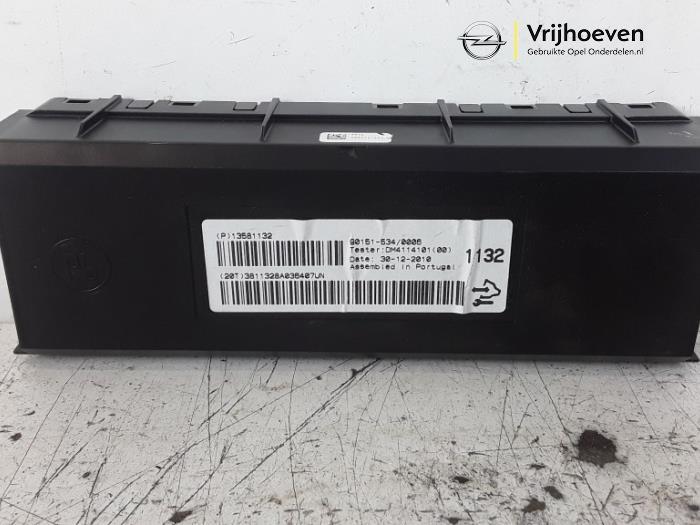 Ordinateur chauffage d'un Opel Astra J (PC6/PD6/PE6/PF6) 1.4 16V ecoFLEX 2011