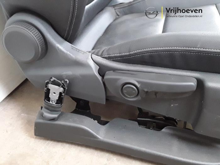 Kit revêtement (complet) d'un Opel Astra K 1.4 Turbo 16V 2017