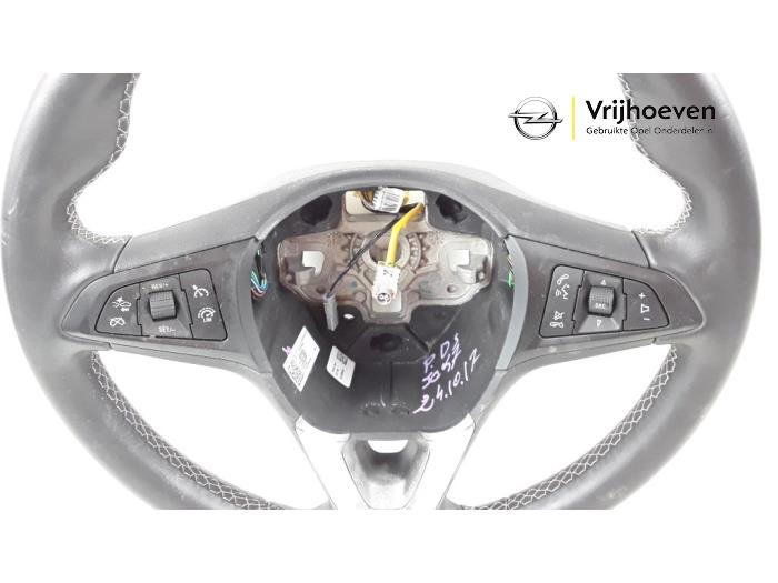 Steering wheel from a Opel Astra K 1.4 Turbo 16V 2017