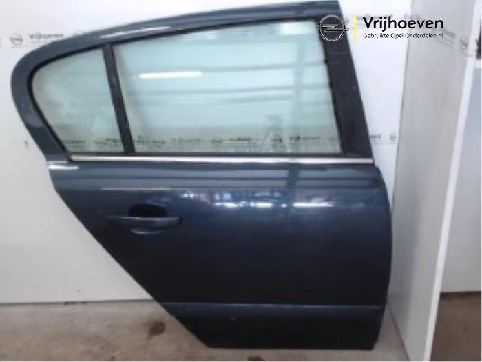 Puerta de 4 puertas derecha detrás de un Opel Astra H (L48) 1.6 16V 2006