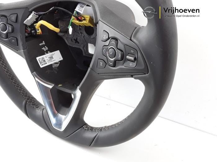 Steering wheel from a Opel Astra K 1.0 SIDI Turbo 12V 2016