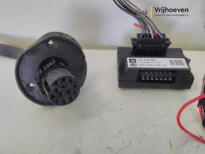 Used Opel Astra H SW L35 16 16V Twinport Towbar wiring kit