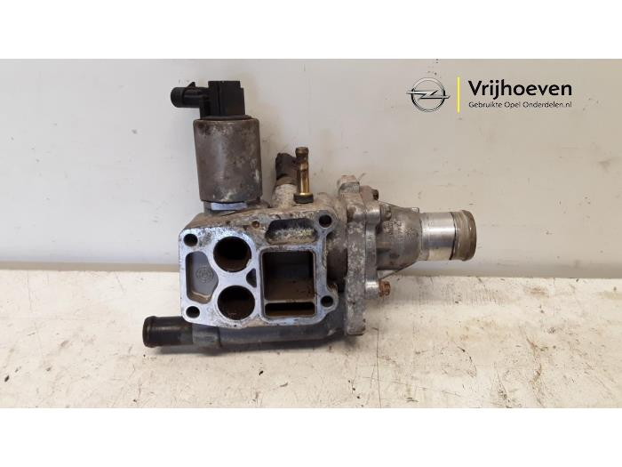 used opel astra h gtc (l08) 1.6 16v twinport thermostat housing