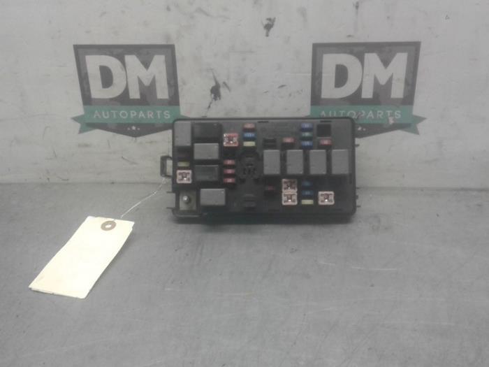 Used Chevrolet Matiz  Spark 1 0 Fuse Box - 96427973