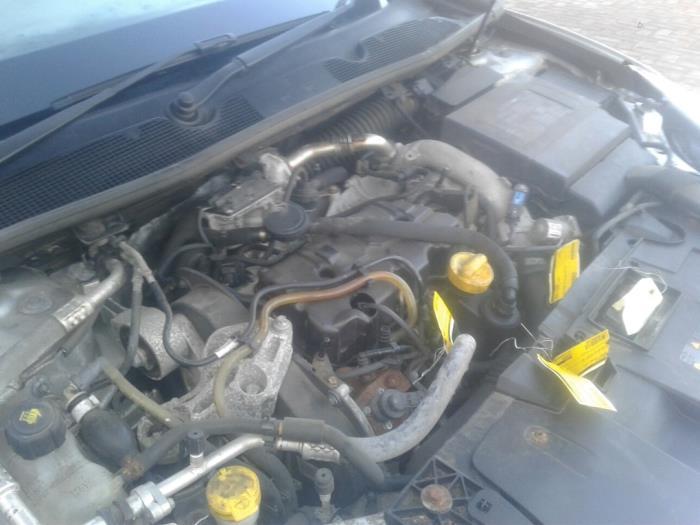 Usage Renault Megane Iii Berline Bz 1 9 Dci Moteur