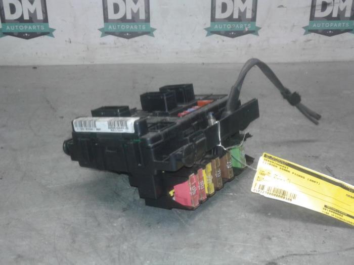 Used Citroen Xsara Pico (CH) 1.6 HDi 16V 92 Fuse box ... on