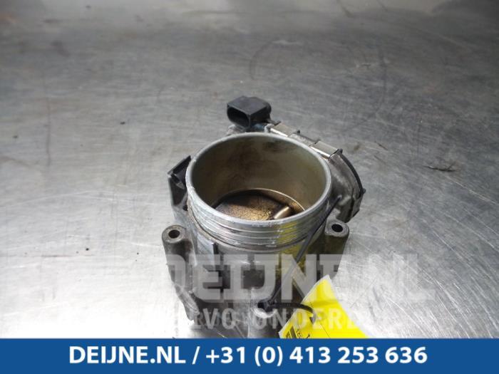 Używane Volvo V70 Przepustnica - 30711554 B5254T4 - van Deijne