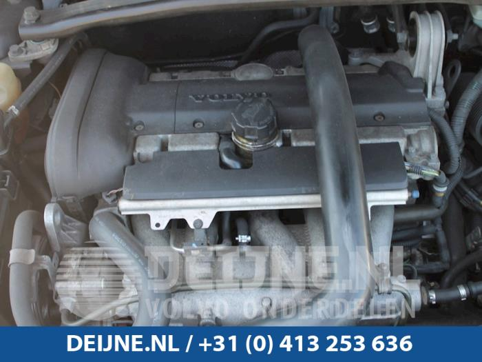 Engine from a Volvo V70 (SW) 2.4 T 20V 2002