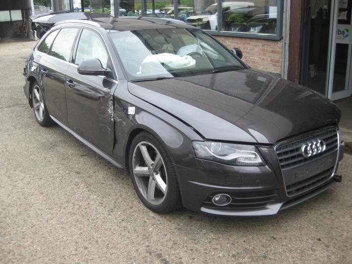 Audi A4 Avant 20 Tdi 16v Schrott Baujahr 2008 Farbe Grau