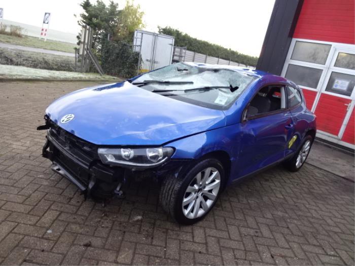 Volkswagen Scirocco Schrott Baujahr 2016 Farbe Blau Proxyparts De