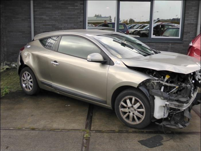 renault megane iii coupe dz 1 5 dci 90 fap salvage year of construction 2009 colour beige. Black Bedroom Furniture Sets. Home Design Ideas