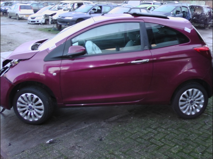 Ford Ka Ii   Salvage Year Of Construction  Colour Red Proxyparts Com
