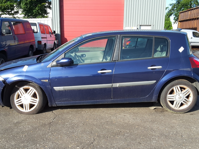Renault Megane Ii Bmcm 20 16v Salvage Year Of Construction