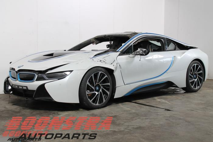 Bmw I8 I12 1 5 Twinpower Turbo Salvage Year Of Construction 2015