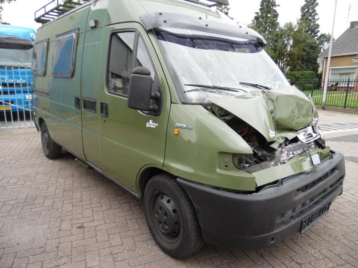 fiat ducato 230 231 232 2 5 tdi maxi salvage year of construction 1997 colour green. Black Bedroom Furniture Sets. Home Design Ideas