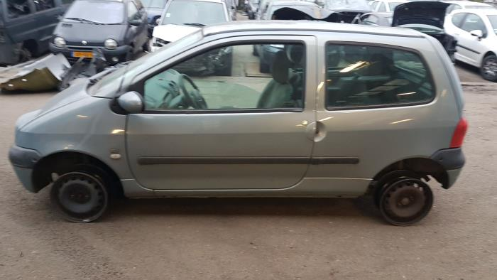 Renault Twingo Cs06 12 16v Salvage Year Of Construction 2002