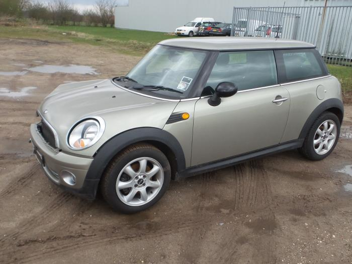 Mini Mini R56 14 16v One Salvage Year Of Construction 2008