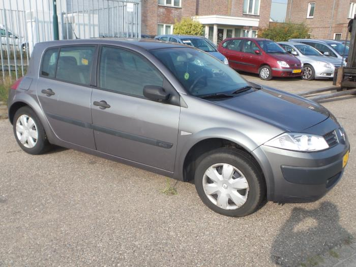 Renault Megane Ii Bmcm 15 Dci 100 Salvage Year Of Construction