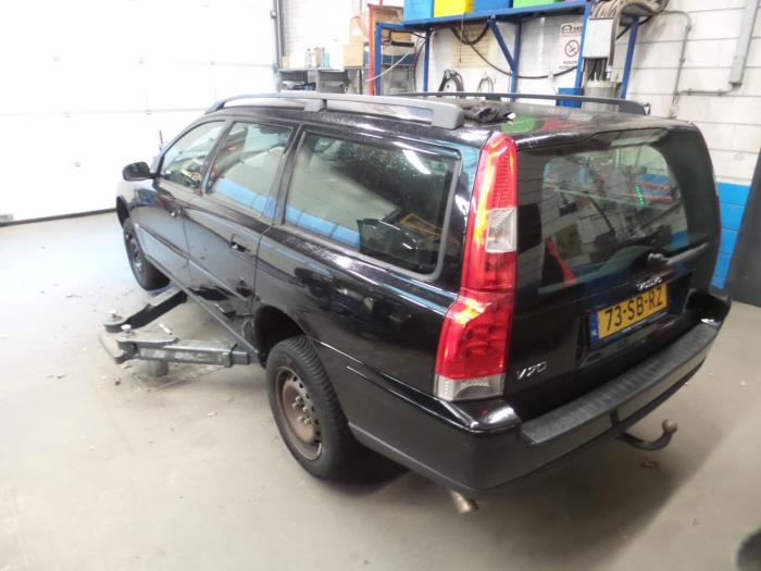 2005 volvo v70 roof rails
