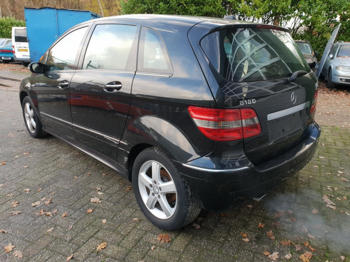 Mercedes B Klasse Salvage Year Of Construction 2007 Colour Black