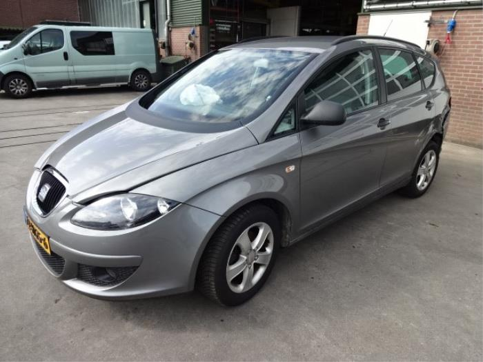 Seat Altea Xl 5p5 19 Tdi Salvage Year Of Construction 2008
