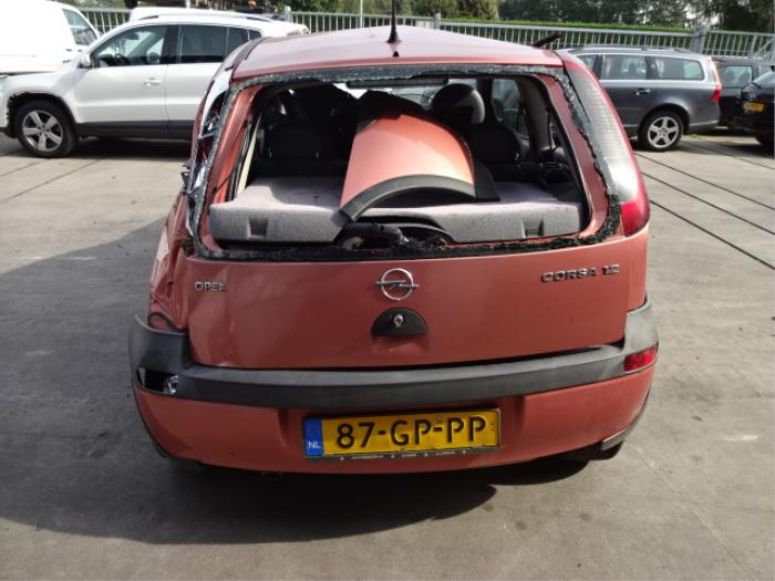 opel corsa c f08 68 1 2 16v salvage year of construction 2001 colour red. Black Bedroom Furniture Sets. Home Design Ideas