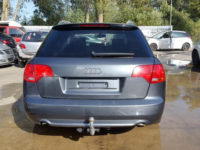 Audi A4 Avant Quattro 8ed 30 Tdi V6 24v Schrott Baujahr 2008
