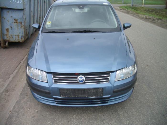 Fiat Stilo 192a B 1 9 Jtd 115 5 Drs Epave Annee De