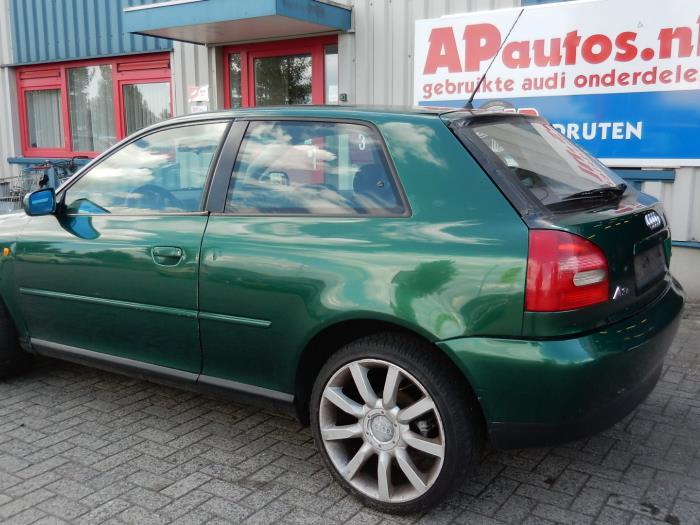 Audi A3  8l  1 6  Schrott  Baujahr 1999  Farbe Gr U00fcn