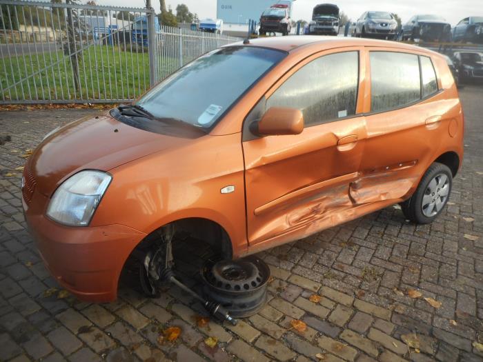 Kia Picanto Ba 1 1 12v Damaged Year Of Construction 2004 Colour