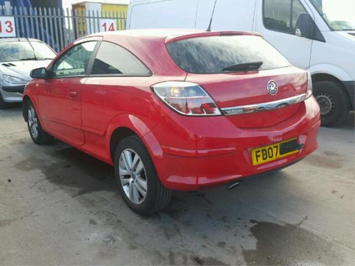 opel astra h gtc l08 16 16v salvage year of construction 2007 colour red