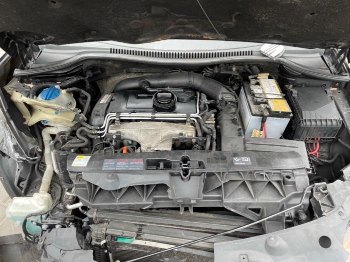 Seat Leon 2.0 TDI 16V Salvage vehicle (2006, Black)